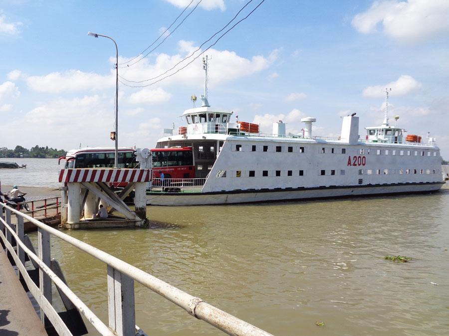 Tổng hợp dữ liệu cầu, kè, bến khách ngang sông năm 2018